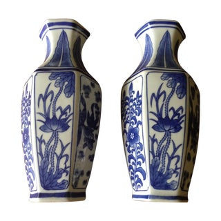 Chinoiserie Vintage Blue & White Wall Vases - Pair