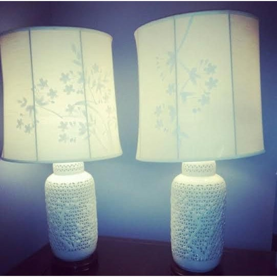 Reticulated Blanc de Chine Lamps - A Pair - Image 4 of 6