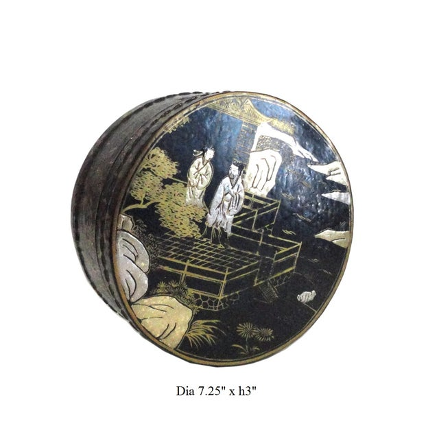 Chinese Black Lacquer Scenery Round Box - Image 5 of 5