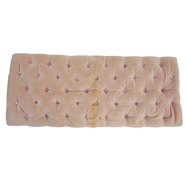 Pink Velvet Tufted French Provincial Bench - Image 5 of 7