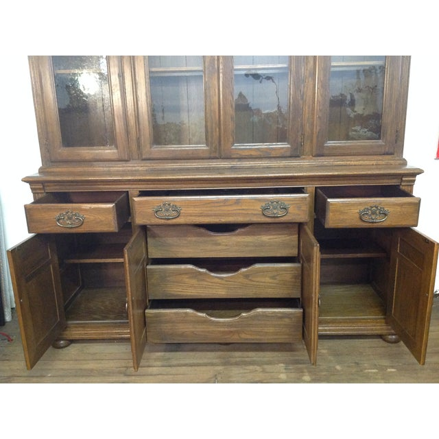 Ethan Allen Breakfront China Cabinet - Image 10 of 11