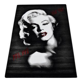 Marilyn Monroe Portrait Pattern Decorative Area Rug - 3′11″ X 5′7″