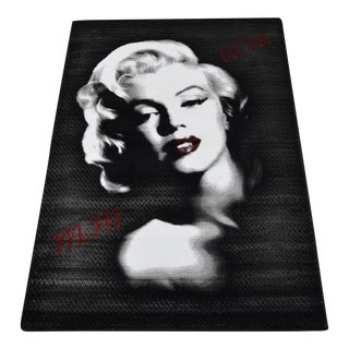 Marilyn Monroe Portrait Pattern Decorative Area Rug - 3′11″ X 5′7″