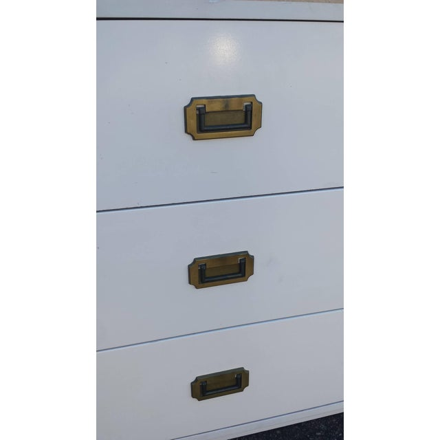 Mid Century Campaign White 6-Drawer Dresser - Image 2 of 5