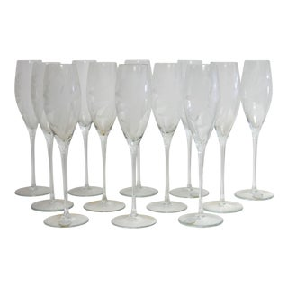 Dorothy Thorpe Etched Floral Design Champagne Glasses - Set of 12
