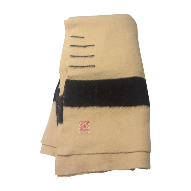 Image of Authentic Hudson Bay 3.5-Pt Blanket Rare Red Label