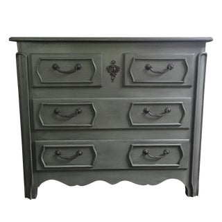 British Traditions Gray-Blue Chest