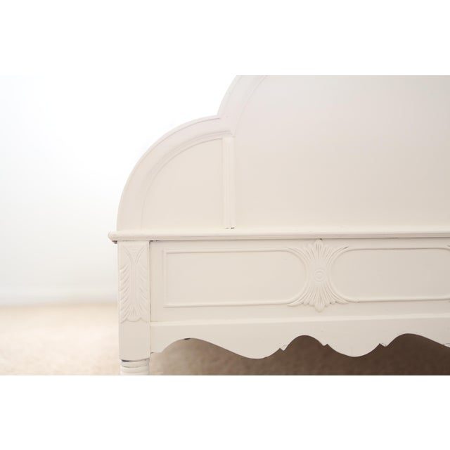 Huntley Furniture Twin Bed Shabby Chic French Provincial Vintage - Image 4 of 7
