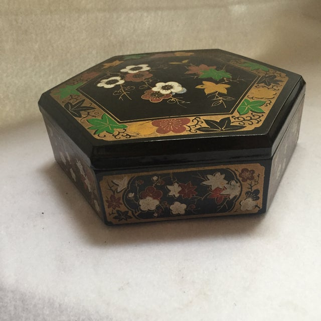 1950s Vintage Japanese Lacquer Style Box - Image 5 of 5