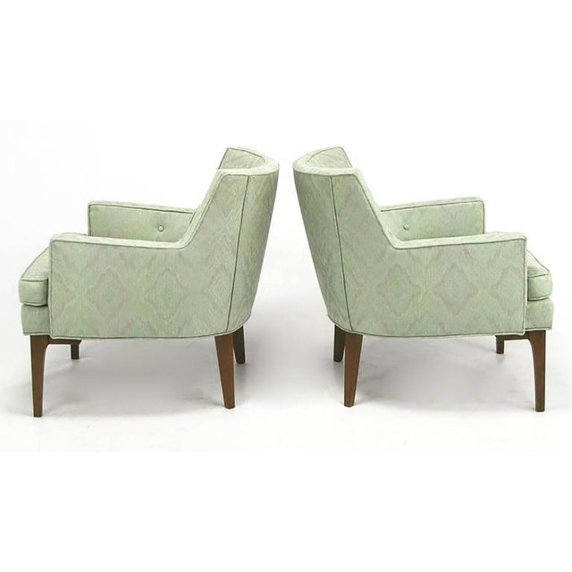 Pair of Classic Barrel-Back Club Chairs in Ikat Upholstery - Image 3 of 7
