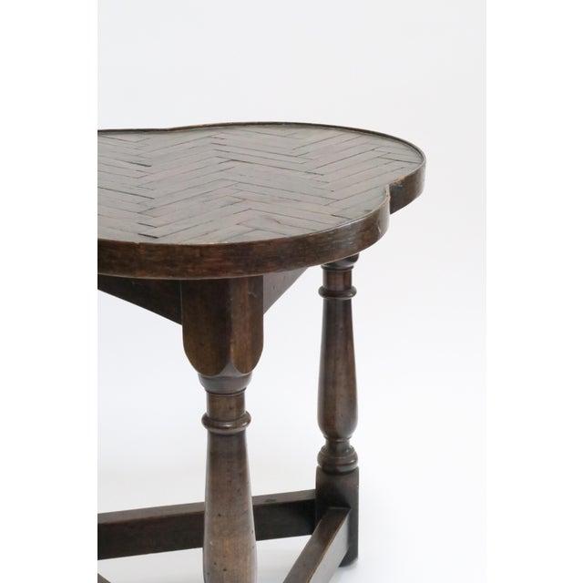 Traditional Vintage Wood Trefoil Side Table - Image 5 of 7