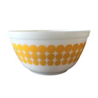 Pyrex Yellow Dots Mixing Bowl