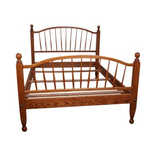 Tom Seely Hand Crafted Solid Oak Spindle Full Size Bed