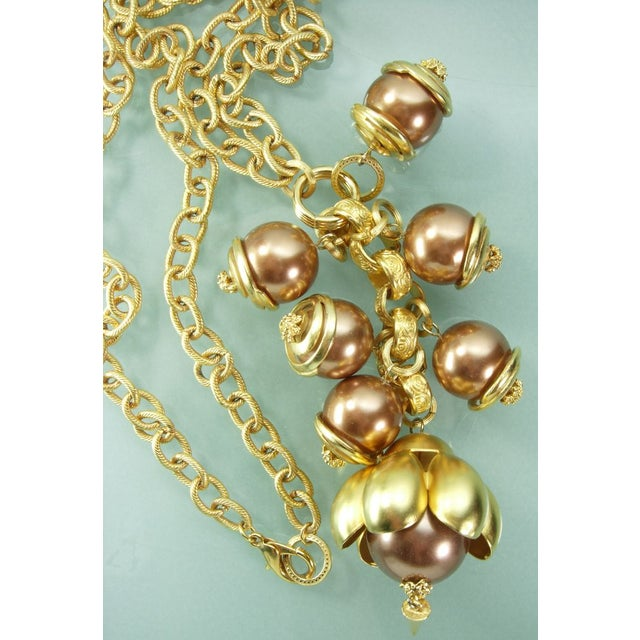 1980s Runway Cocoa Pearls Long Pendant Necklace - Image 4 of 7