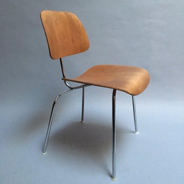 "Image of Vintage Herman Miller Walnut ""DCM"" Chair"