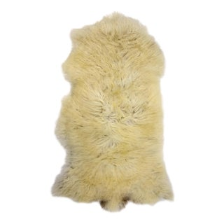 "Handmade Long Soft Wool Genuine Pelt Sheepskin Rug- 2'2"" X 3'8"""