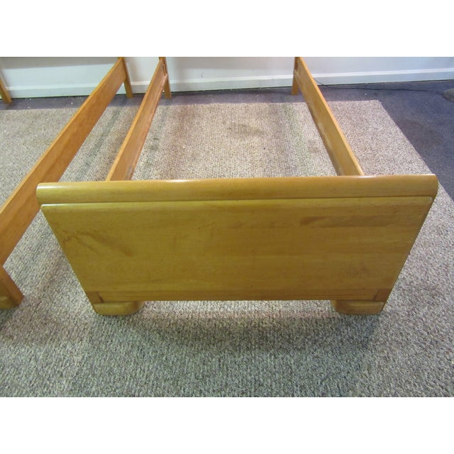 Mid-Century Wakefield Style Twin Beds - A Pair - Image 5 of 11