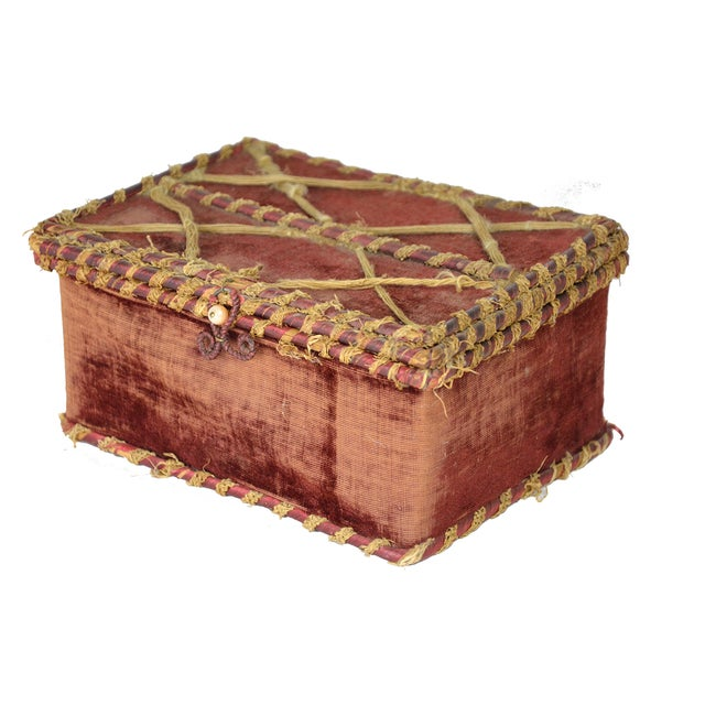 Image of European Velvet Curiosities Box