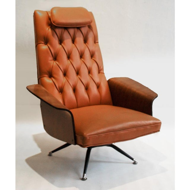 Image of Vintage George Mulhauser Tufted Lounge Chair for Plycraft