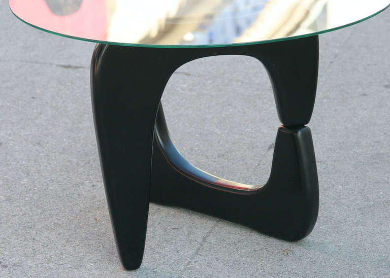 Noguchi Style Black Lacquer Side Table   Image 5 Of 5