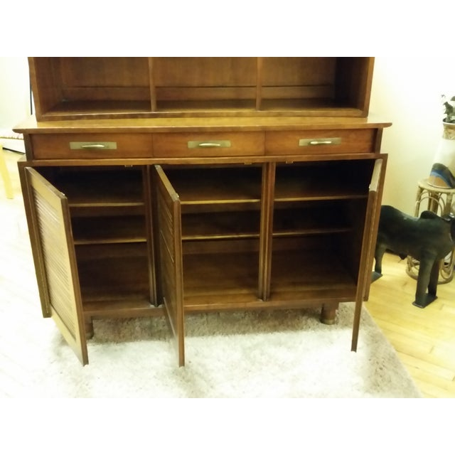 1955 Trans-East Cherry Willett China Top & Hutch - Image 6 of 10