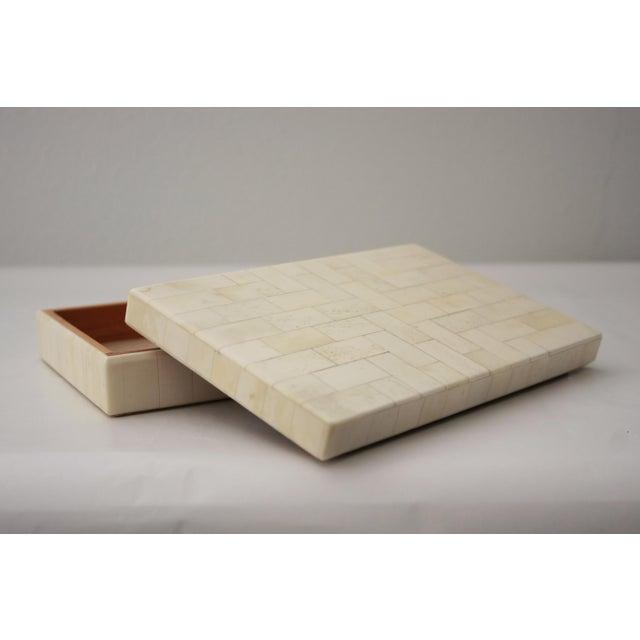 Tessellated Bone Trinket Box - Image 7 of 11
