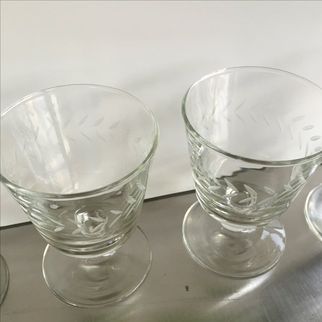 Laurel Wreath Champagne Glasses - Set of 4 - Image 4 of 5