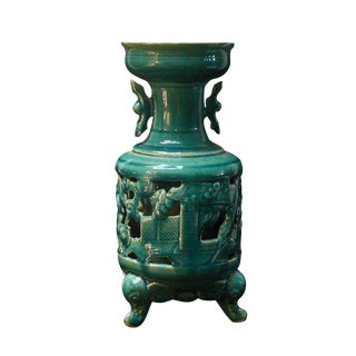 Handcrafted Chinese Ceramic Green Glazed Vase