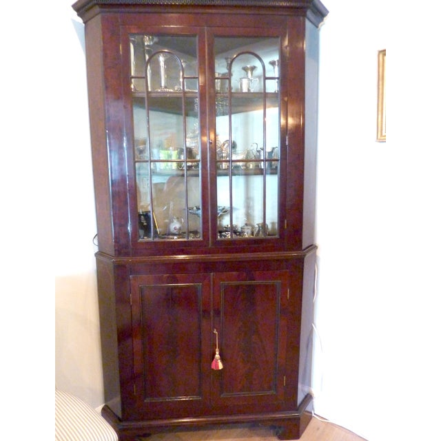 Antique English Mahogany Corner Cabinet, Ca. 1800 - Image 2 of 8