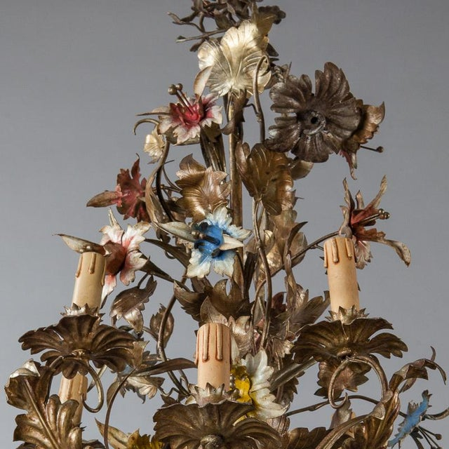 French Large All Tole Floral Chandelier - Image 8 of 11