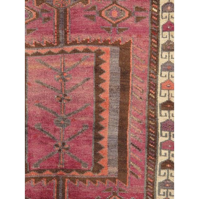 """Vintage Lori Wool Area Rug - 3'5"""" X 7' - Image 2 of 3"""