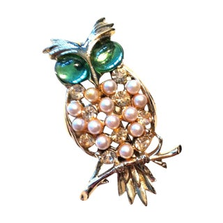 1960s Big Green Eyed Owl Brooch
