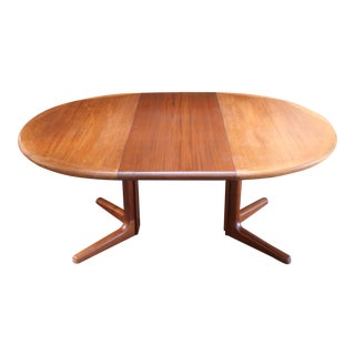Dyrlund Expandable Dining Table