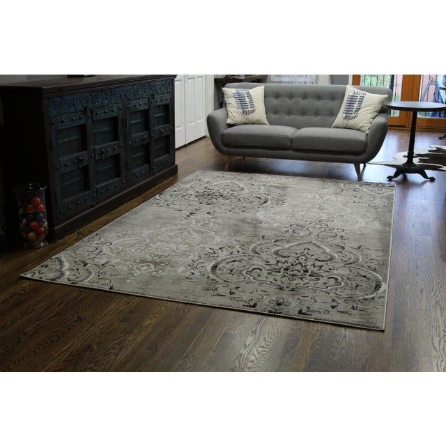 Damask Gray & White Rug 5'3''x 7'7'' - Image 6 of 7