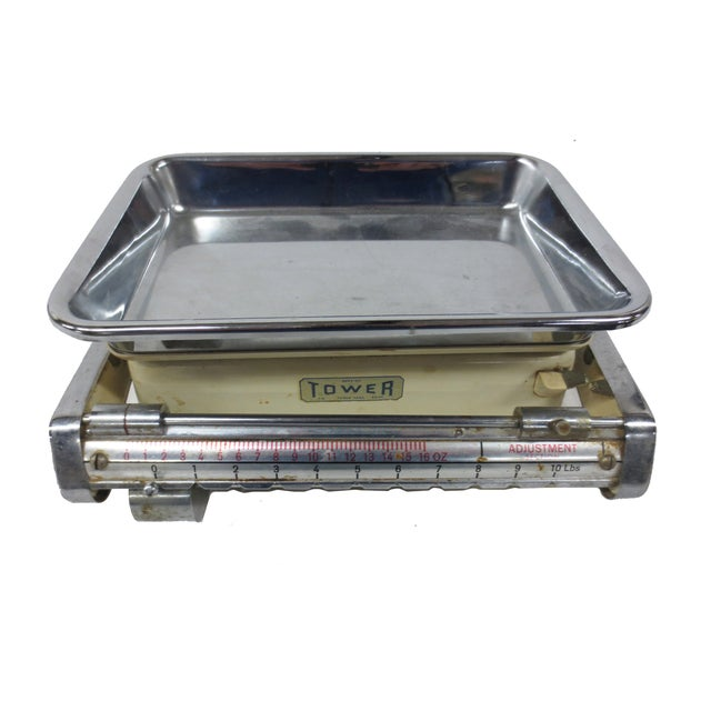 Image of Silver and Green Toned Tower Desktop Scale