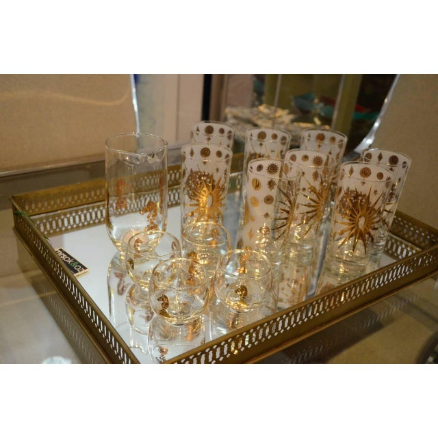 Eight Vintage Fred Press White and Gold Celestial Pattern Tom Collins Glasses - Image 3 of 8