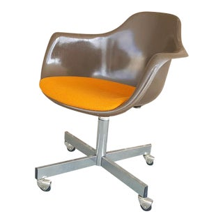 Mid-Century Modern Molded Seat Rolling Office Chair
