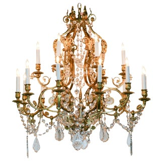 19th Century French Neoclassical 18-Light Chandelier