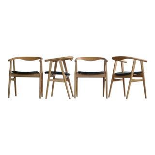 Hans Wegner 4 Dining Chairs in Oak Model 525 for GETAMA