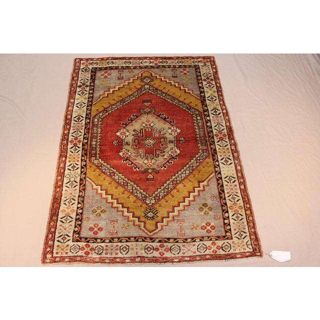 Vintage Turkish Woven Rug - 3'2'' x 4'7'' - Image 3 of 7