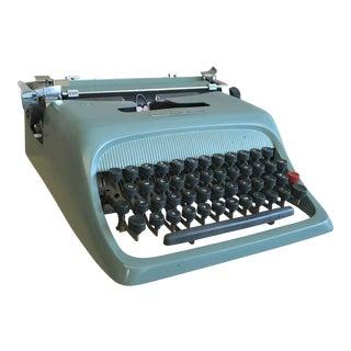 Vintage Underwood Olivetti Manual Typewriter