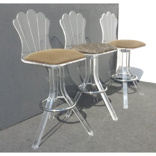 vintage mid century lucite swivel bar stools set of 3 chairish. Black Bedroom Furniture Sets. Home Design Ideas