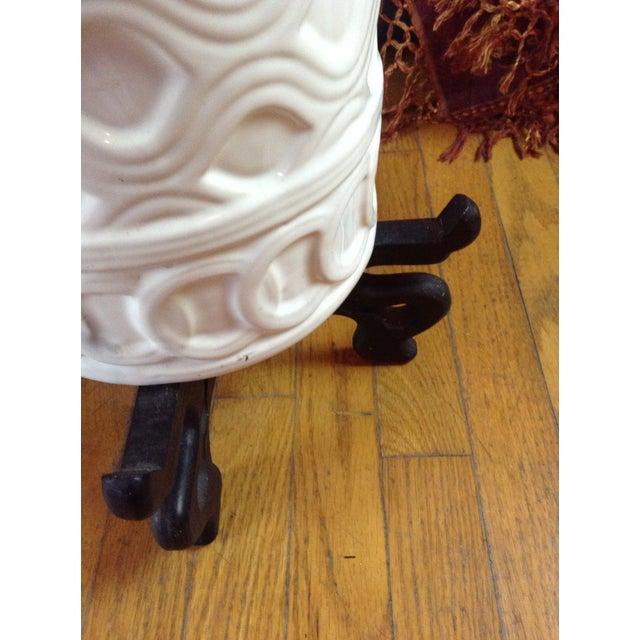 White Ceramic Umbrella Stand - Image 6 of 11
