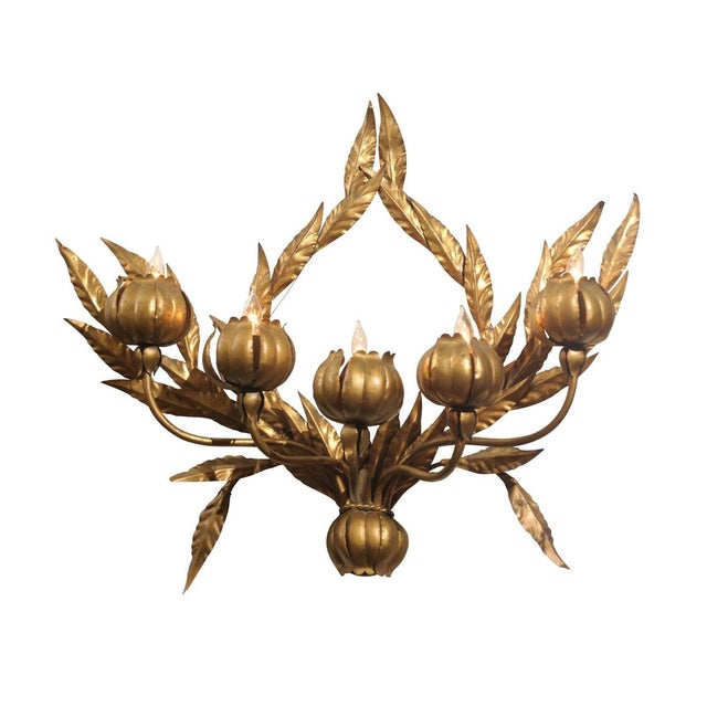 Hollywood Regency Italian Gilt Floral Wall Sconce - Image 1 of 3
