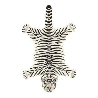 Modern Hand-Tufted Leopard Skin Shape Wool Rug - 2' x 3'