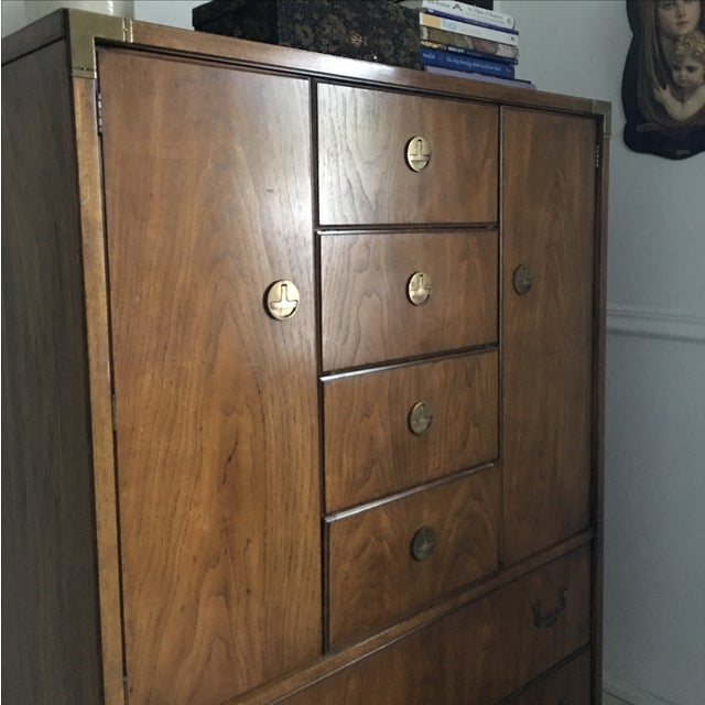 Huntley by Thomasville Campaign Bachelor Chest - Image 3 of 11