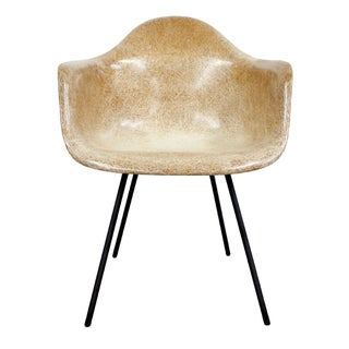 Early Production Eames Herman Miller Shell Chair