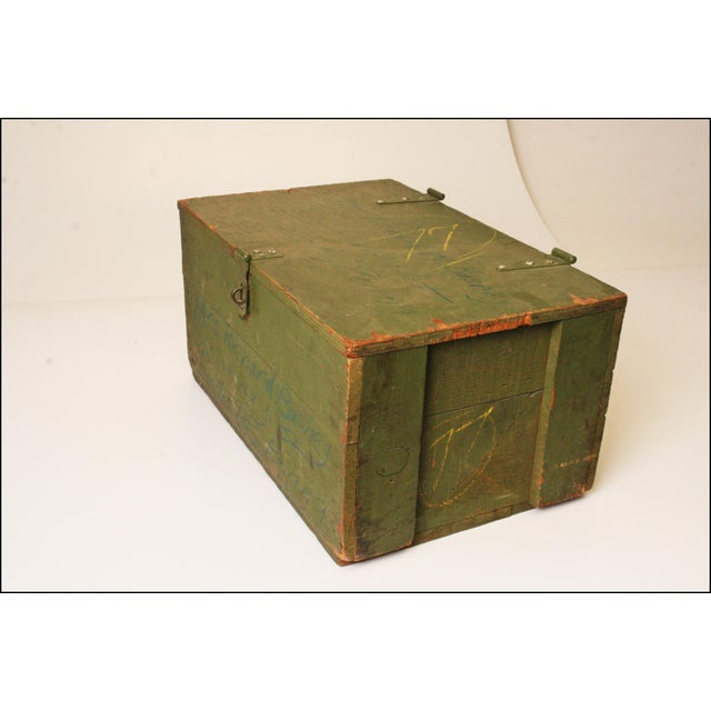 Vintage Distressed Green Military Trunk - Image 6 of 11