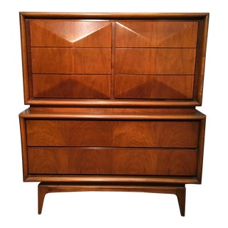 United Diamond Front High-Boy Dresser
