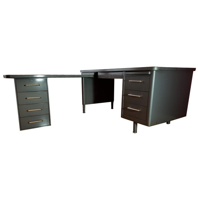 Steelcase Tanker Desk with Return - Image 1 of 9